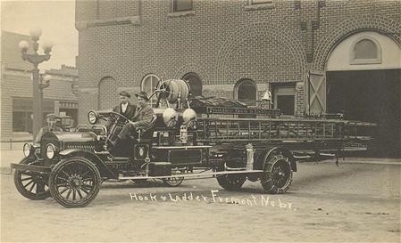 hook and ladder truck